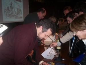 Claudio Villa autografando
